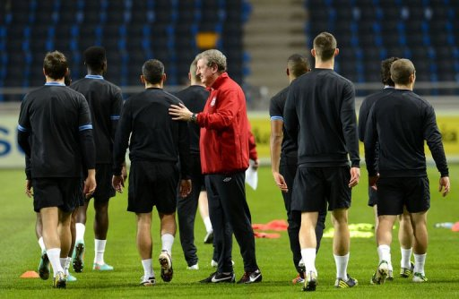 Roy Hodgson oversees a training session of the English national football team
