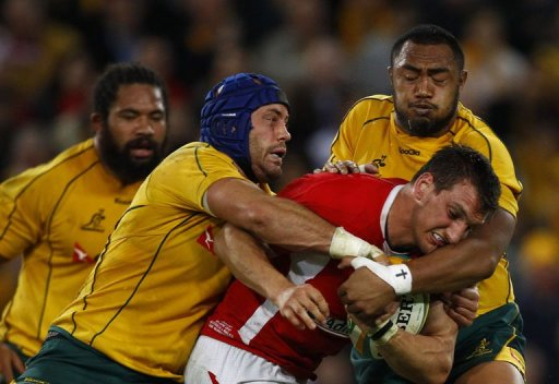 Justin Tipuric replaces Sam Warburton (right) in the Wales squad to play Samoa
