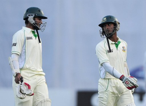 Shakib Al Hasan and Naeem Islam struck half centuries to take Bangladesh to 252-3 at lunch, vs W.Indies