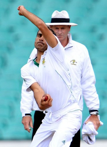 Tahir takes over from paceman Rory Kleinveldt, who was wicketless and ineffective on his Test debut in Brisbane