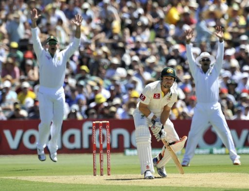 Australia were struggling at 102-3 at lunch on the opening day