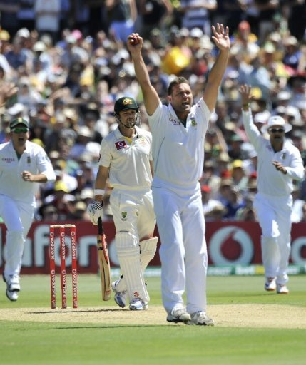 Kallis will not bowl again in the match but will be able to bat