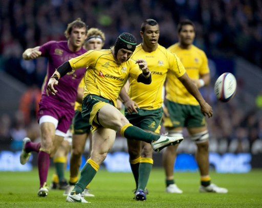 Wallabies coach Robbie Deans has made several changes from the victory over England