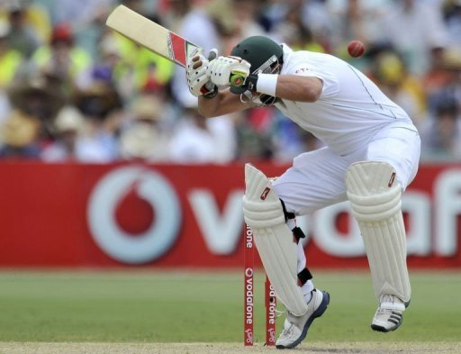 The injured Jacques Kallis was batting at number nine as South Africa struggled