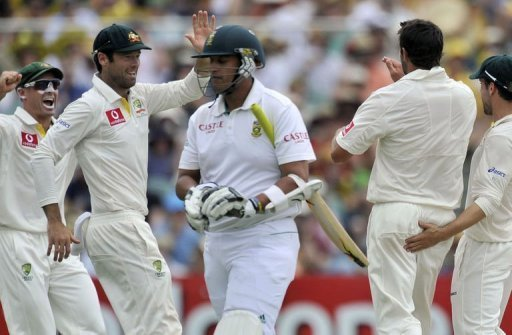 Rory Kleinveldt was out for a duck as Australia took firm control of the second Test