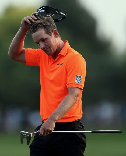 Luke Donald has now gone exactly 100 holes without a bogey ot the Earth course at the Jumeirah Golf Estates