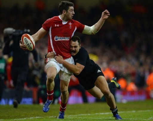 The All Blacks posted a convincing 33-10 victory over the Welsh at the Millennium Stadium