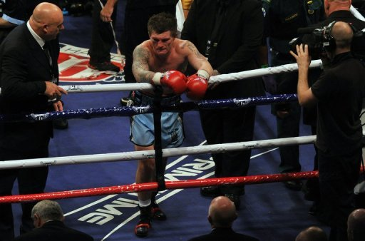 Beaten Ricky Hatton announced his retirement after he was outclassed by Vyacheslav Senchenko