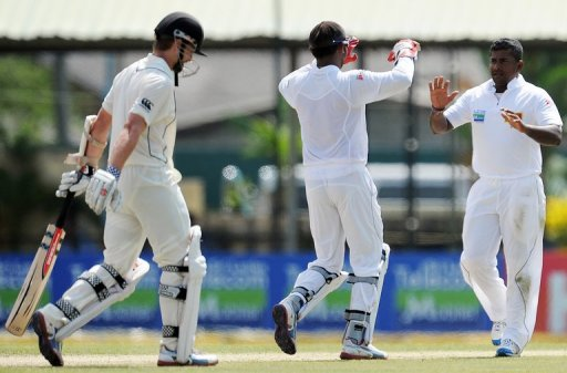 Rangana Herath grabbed two big wickets to lead Sri Lanka's fightback on the second day of the second and final Test