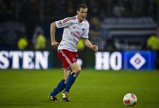 Hamburg hosts third-placed Schalke on Tuesday