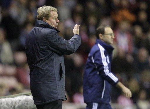 Queens Park Rangers' manager Harry Redknapp (L)