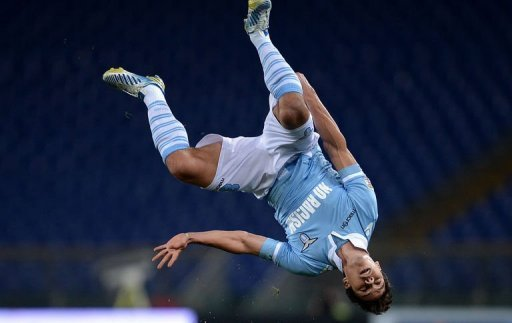 Lazio's Hernanes celebrates after scoring