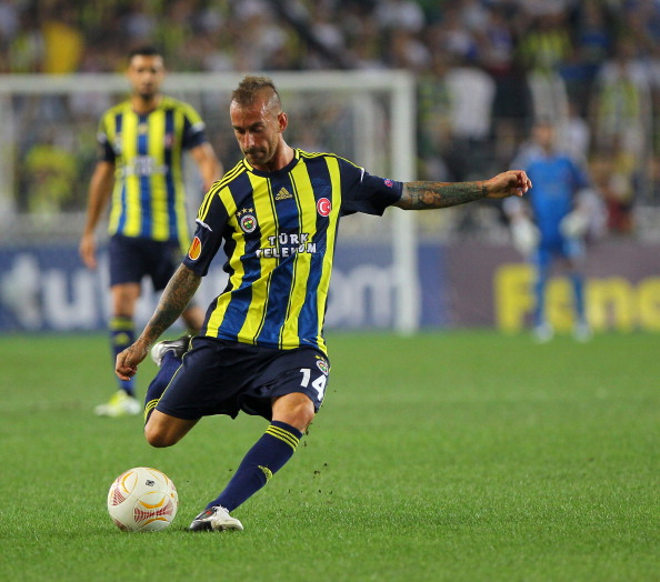 ISTANBUL, TURKEY - SEPTEMBER 20:  Raul Meireles of Fenerbahce SK in action during the UEFA Europa League group stage match between Fenerbahce SK and Olympique de Marseille on September 20, 2012 at Sukru Saracoglu in Istanbul, Turkey.