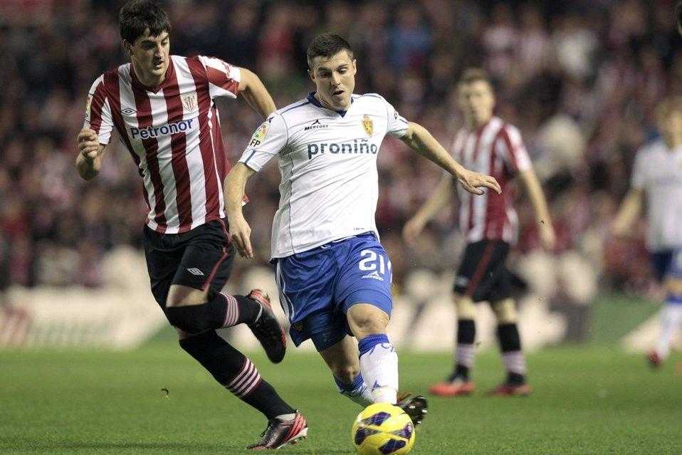El-delantero-del-Real-Zaragoza_54358253846_54028874188_960_639