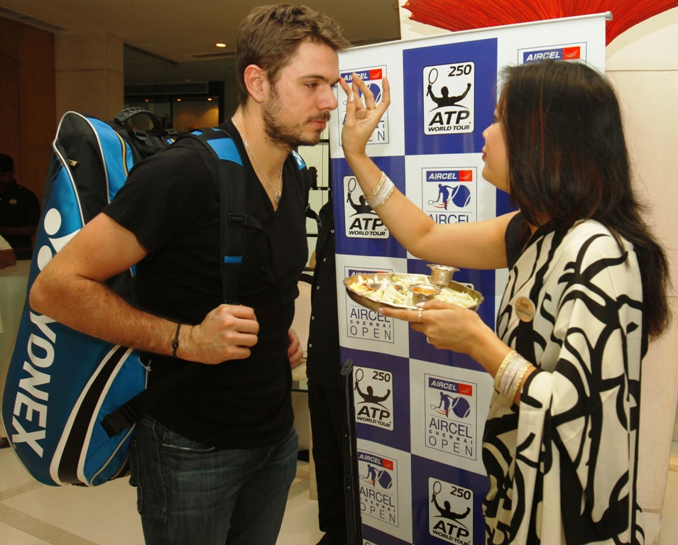 Swiss Stanislas Wawrinka being welcomed at the Chennai Open