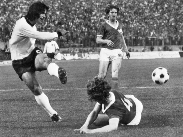 Gerd Muller in action