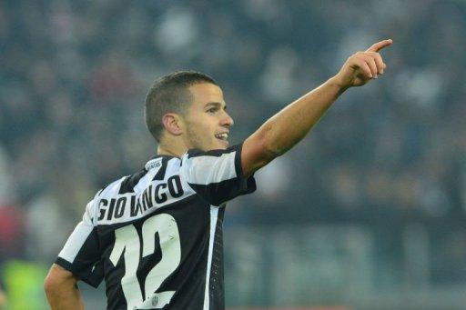 Juventus' forward Sebastian Giovinco celebrates after scoring