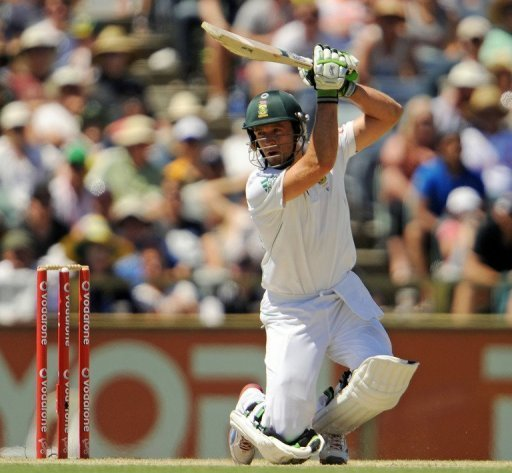 De Villiers fell for 169, caught behind off Mitchell Starc, having faced 184 balls, hitting 21 fours and three sixes