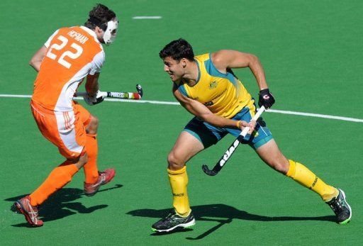 Australia and the Netherlands played out a scoreless draw to keep open the fight for top spot in Pool B