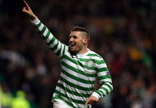 Celtic's forward Gary Hooper celebrates scoring