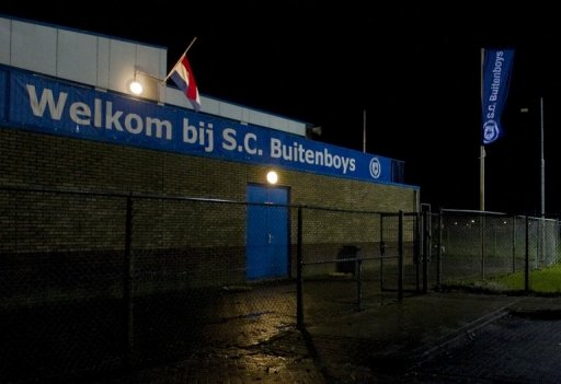 Linesman Richard Nieuwenhuizen of the Buitenboys club died after being assaulted following a match against Nieuw Sloten