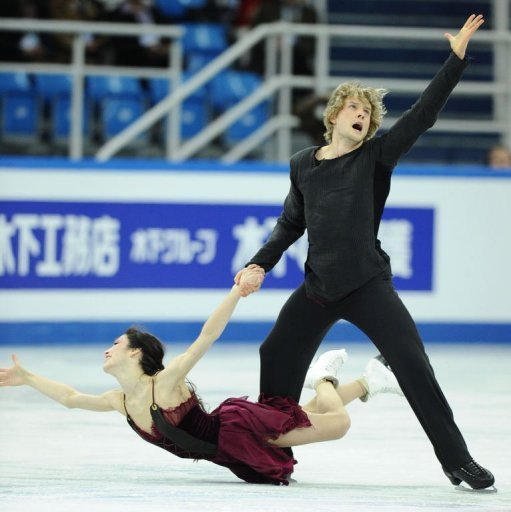 Americans Meryl Davis and Charlie White perform during their ice dance free dance
