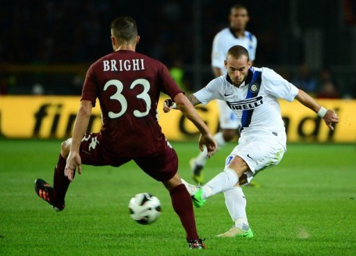 Sneijder is out of the Inter squad to face Napoli on Sunday amid an ongoing contract dispute