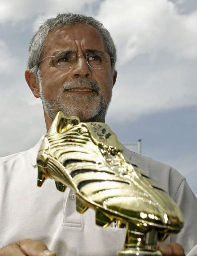 At the peak of his career, Gerd Mueller basked in the same god-like status Lionel Messi now enjoys