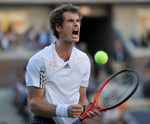 Andy Murray celebrates victory in the first set against Novak Djokovic in the final at the US Open on September 10, 2012