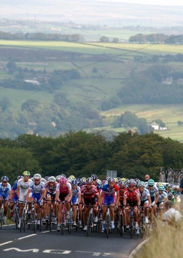 England's Tom Southam (centre) leads the pack in the Tour of Britain at Oxenhope, South Yorkshire, on September 2, 2004