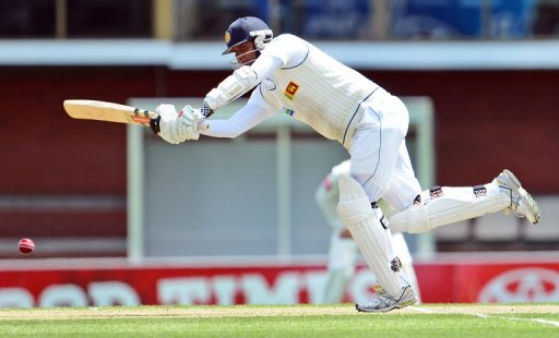 Sri Lanka's Angelo Mathews bats on the third day of the first Test in Hobart on December 16, 2012