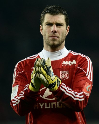 Lyon's goalkeeper, Remy Vercoutre, seen after their 1-0 loss to PSG, in Paris, on December 16, 2012