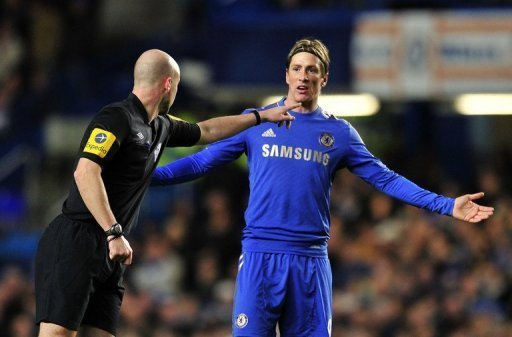 Chelsea's Fernando Torres complains to the referee during a Premier League match on November 28, 2012