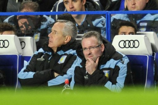 Aston Villa's manager Paul Lambert (R) reacts during the match between Chelsea and Villa on December 23, 2012