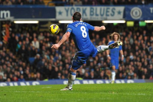 Chelsea's Frank Lampard shoots during the match between Chelsea and Aston Villa in London, on December 23, 2012