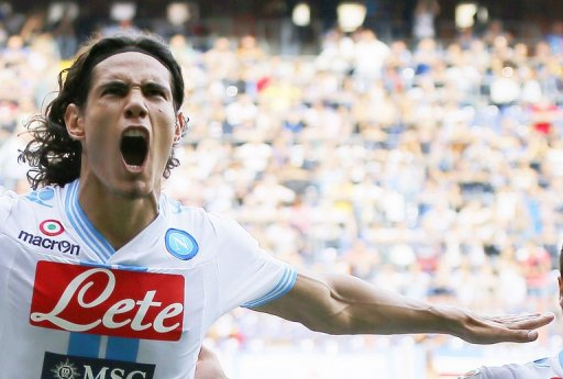 Napoli's Edison Cavani celebrates after scoring at Luigi Ferraris stadium in Genova on September 30, 2012