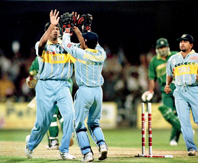 Prasad clean bowls Sohail in 1996!