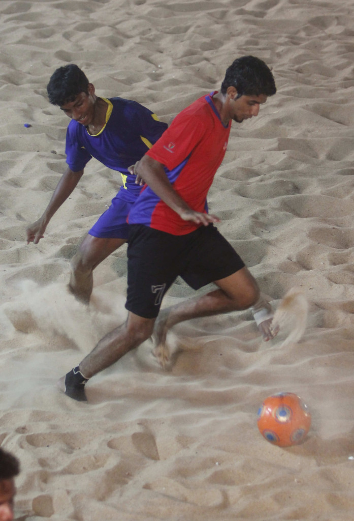Kasarkod Kerala and Goa United players in action during the final