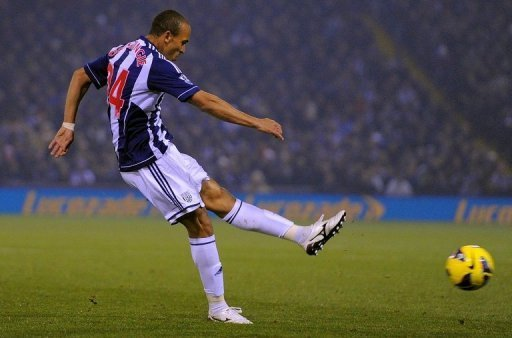 West Bromwich Albion's Peter Odemwingie shoots to score at The Hawthorns in West Bromwich on November 5, 2012