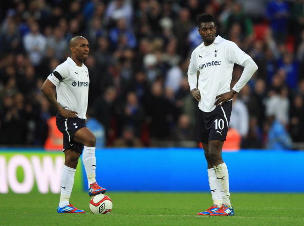 Defoe or Adebayor: AVB's big dilemma. (Getty Images)