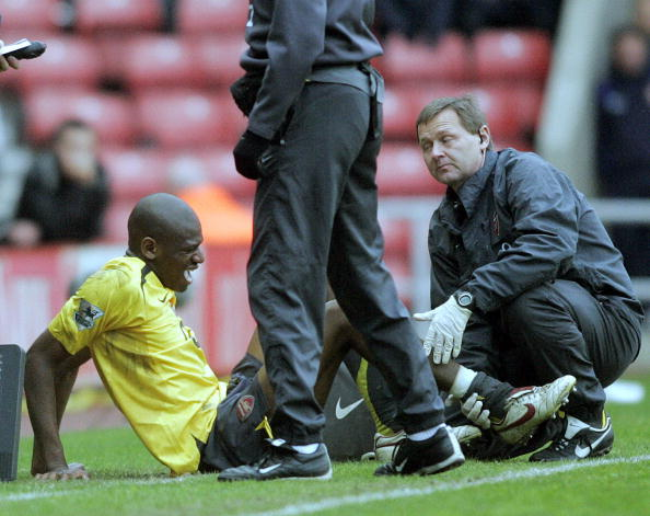 Sunderland, UNITED KINGDOM:  Arsenal's Abou Diaby suffers after an injury during their English Premiership soccer match at The Stadiumof Light, England, 01 May 2006.   AFP PHOTO/BRIAN HEPPELL Mobile and website use of domestic English football pictures subject to subscription of a license with Football Association Premier League (FAPL) tel: +44 207 298 1656. For newspapers where the football content of the printed and electronic versions are identical, no licence is necessary.  (Photo credit should read BRIAN HEPPELL/AFP/Getty Images)