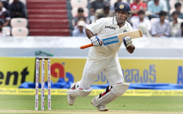MS Dhoni smashed 3 consecutive fours to win the Test match for India.