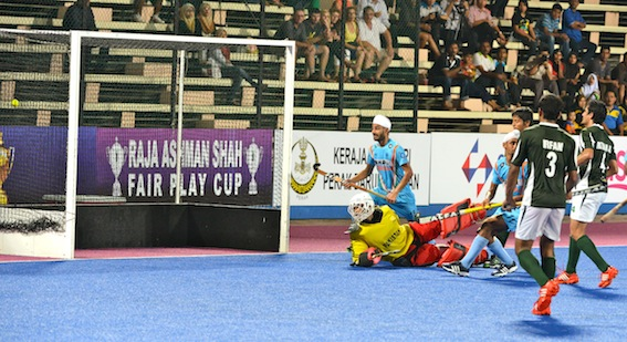 India and Pakistan in action in Sultan Azlan Shah Cup (Image: SPORTS MEDIA GROUP.COM.AU)