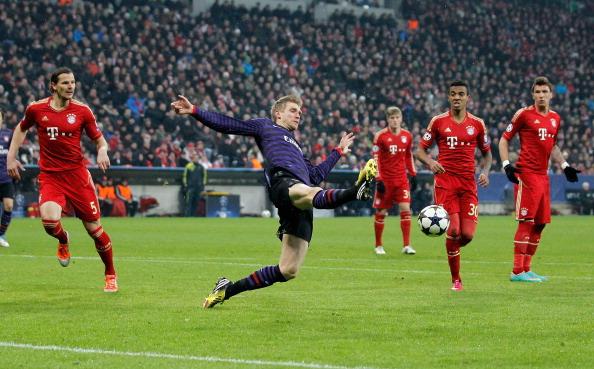 FC Bayern Muenchen v Arsenal FC - UEFA Champions League Round of 16