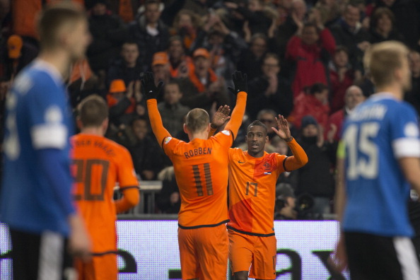 (L-R) Arjen Robben of Holland, Ruben Schaken of Holland during the FIFA 2014 World Cup qualifier match between the Netherlands and Estonia at the Amsterdam Arena on march 22, 2013 in Amsterdam, The Netherlands