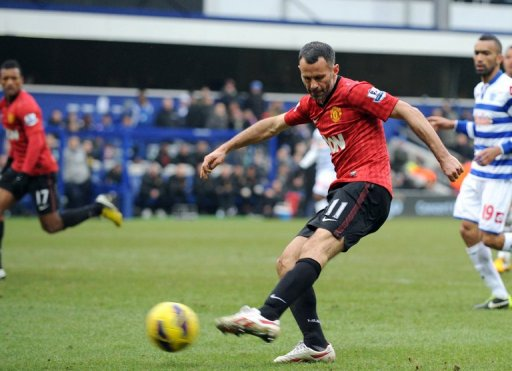 Giggs scores Manchester United's second goal against Queens Park Rangers at Loftus Road on February 23, 2012