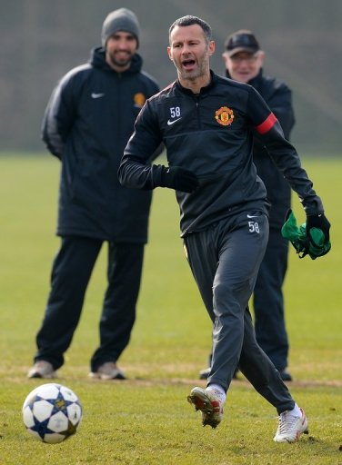Manchester United midfielder Ryan Giggs is pictured during a team training session in Manchester on March 4, 2013