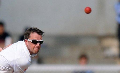 Graeme Swann in action in Mumbai on October 30, 2012