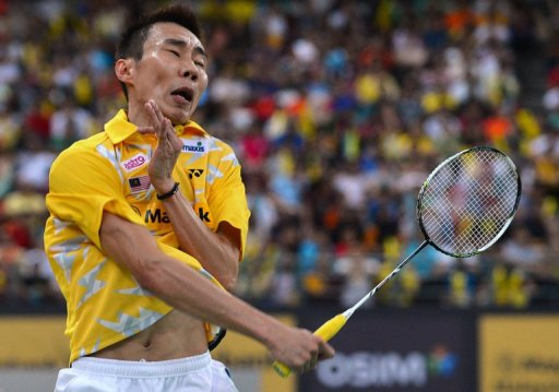 Lee Chong Wei returns a shot during the Malaysia Open final in Kuala Lumpur on January 20, 2013