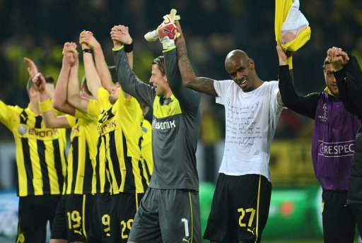 Borussia Dortmund celebrate beating Shakhtar Donetsk over two Champions League legs, on March 5, 2013